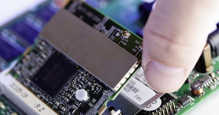 blog_oim_semiconductor_dhl